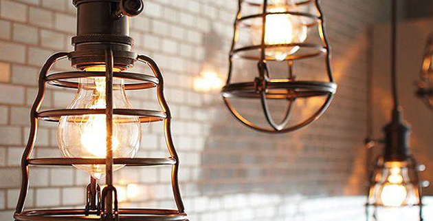 how to choose a pendant light for your dining room How to choose a pendant light for your dining room Dining room options for pendants 4