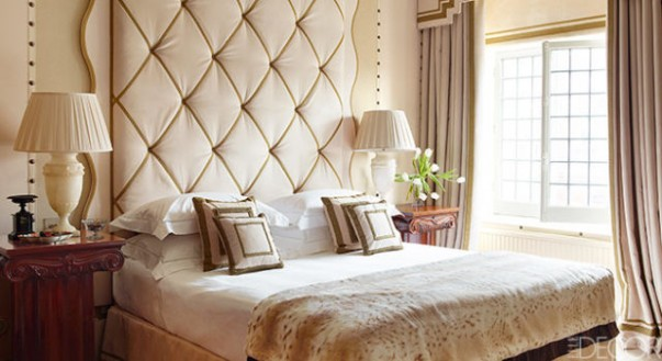 Top 15 Headboards for a Stylish Bedroom luxury bedside tables 20 Luxury Bedside Tables for an Elegant Bedroom Room Decor Ideas Room Design Room Ideas Bedroom Bedroom Designs Bedroom Ideas Master Bedroom 5 603x329