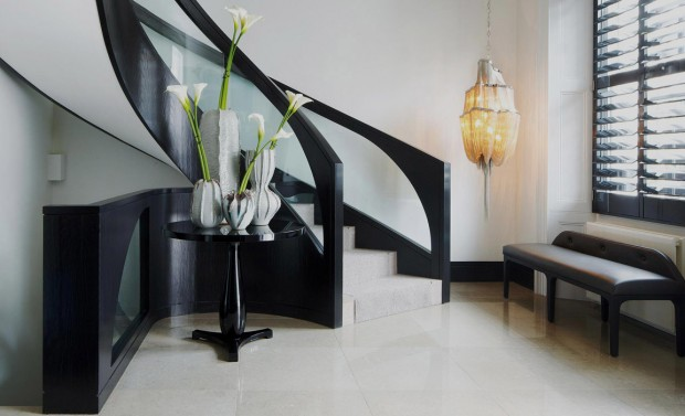 20 Luxury Homes by Kelly Hoppen Trendy Side Table Designs Trendy Side Table Designs to use on Hallway Room Decor Ideas Kelly Hoppen Room Design Home Interiors Luxury Interior Design Hallway Decor e1449750188706