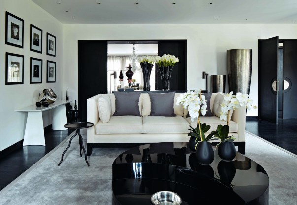 20 Luxury Homes by Kelly Hoppen Modern Side Tables Top 50 Modern Side Tables Room Decor Ideas Kelly Hoppen Room Design Home Interiors Luxury Interior Design Luxury Living Room 2 603x415
