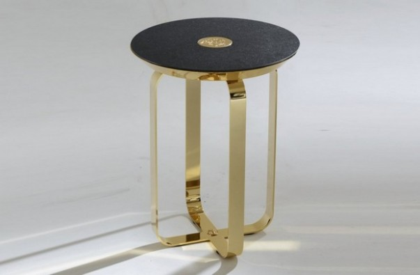 10 Round Side Tables that Every Eclectic Living Room Needs