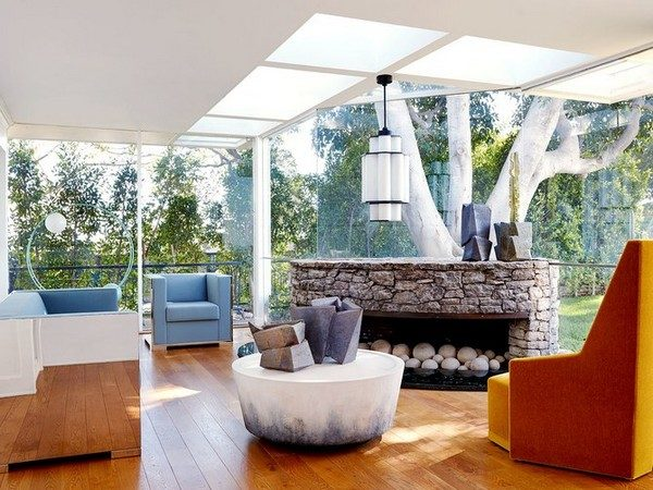 Elvis Presley's Home Turns Into an Oasis for Contemporary Furniture Contemporary Furniture Elvis Presley's Home Turns Into an Oasis for Contemporary Furniture Elvis Presleys Home Turns Into an Oasis for Contemporary Furniture 4 600x450