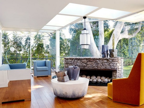 Elvis Presley's Home Turns Into an Oasis for Contemporary Furniture Contemporary Furniture Elvis Presley's Home Turns Into an Oasis for Contemporary Furniture Elvis Presleys Home Turns Into an Oasis for Contemporary Furniture 4