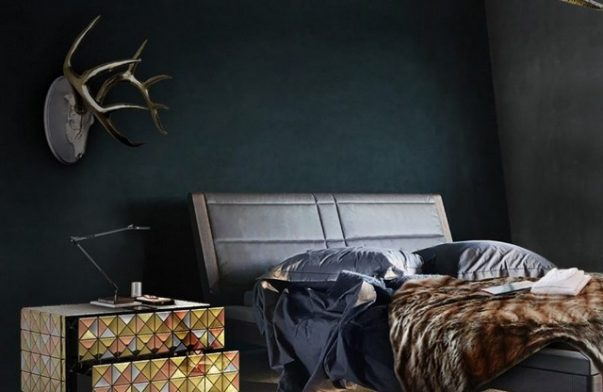 5 Dark-Coloured Master Bedroom Ideas You'll Definitely Want to Steal dark-coloured master bedroom ideas 5 Dark-Coloured Master Bedroom Ideas You'll Definitely Want to Steal 5 Dark Coloured Master Bedroom Ideas Youll Definitely Want to Steal 3 603x392